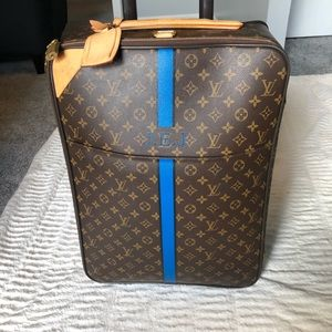 Louis Vuitton Bags - Louis Vuitton Carryon